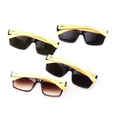 Wayfarer wood frame leopard fashion..