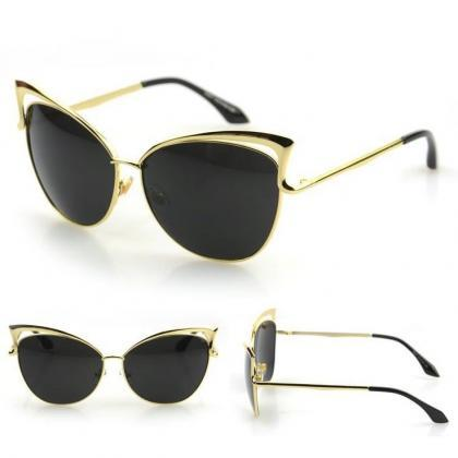 Black Cat-Eye Sunglasses With Gold ..