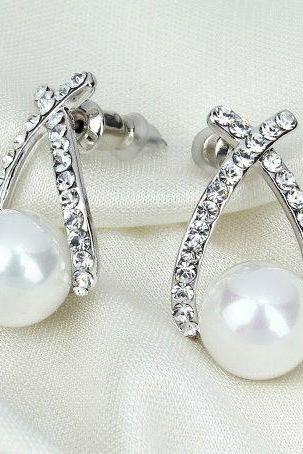 Crystal woman pearl silver colored fashion earrings